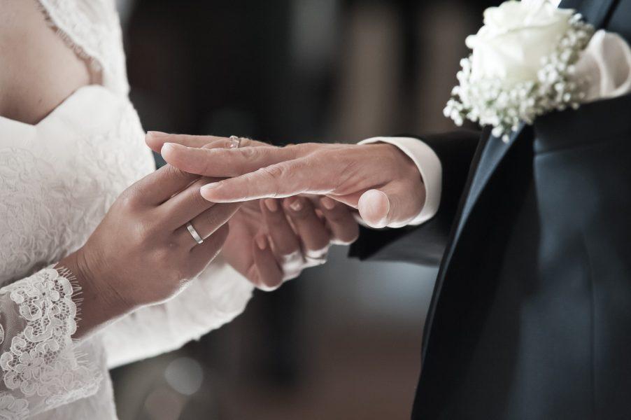 Hochzeit B2000  221216 303 902x600 - Hochzeitsfotografie