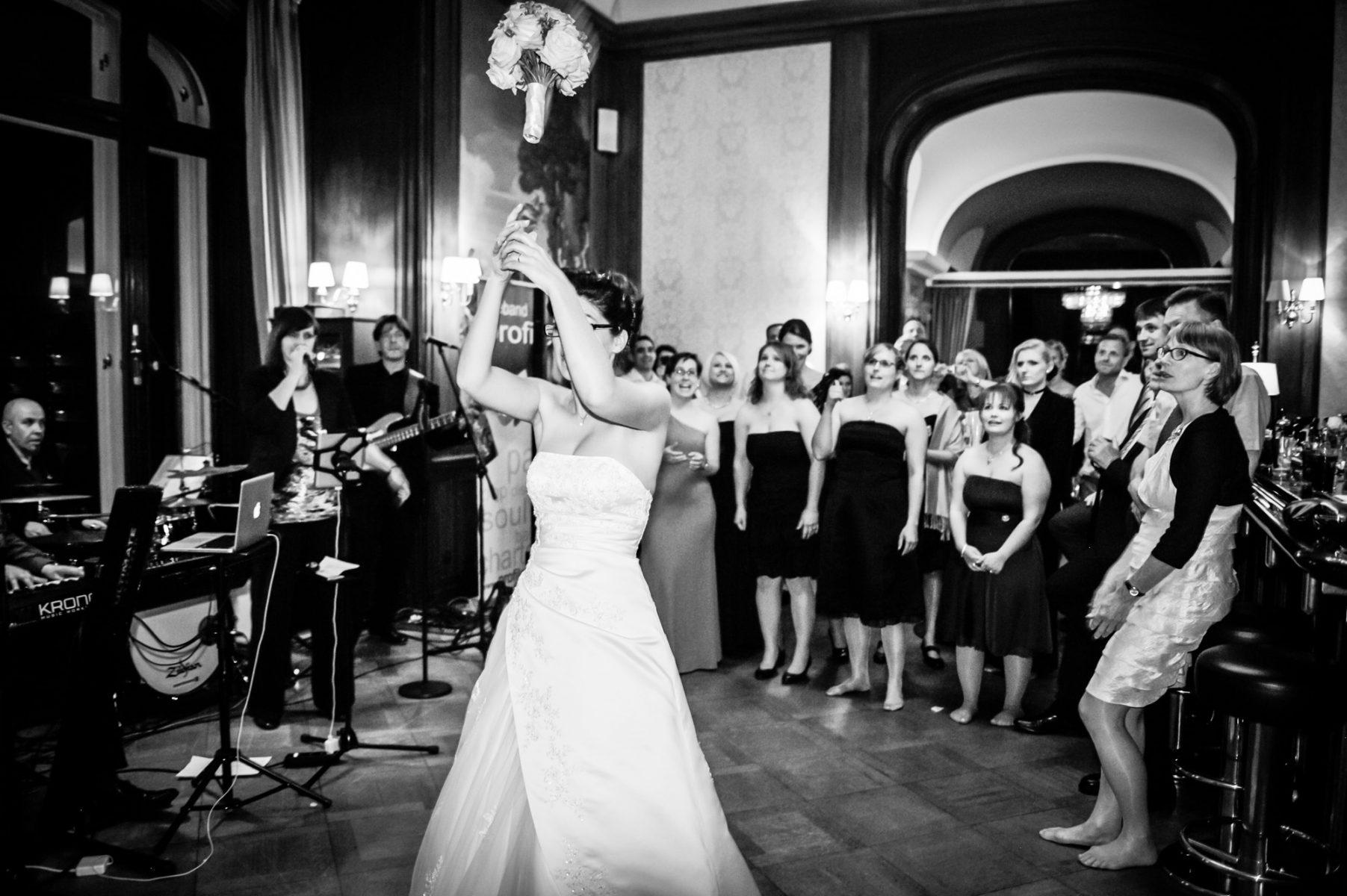 Hochzeit Feier  B2000 229372 1803x1200 - FEIER