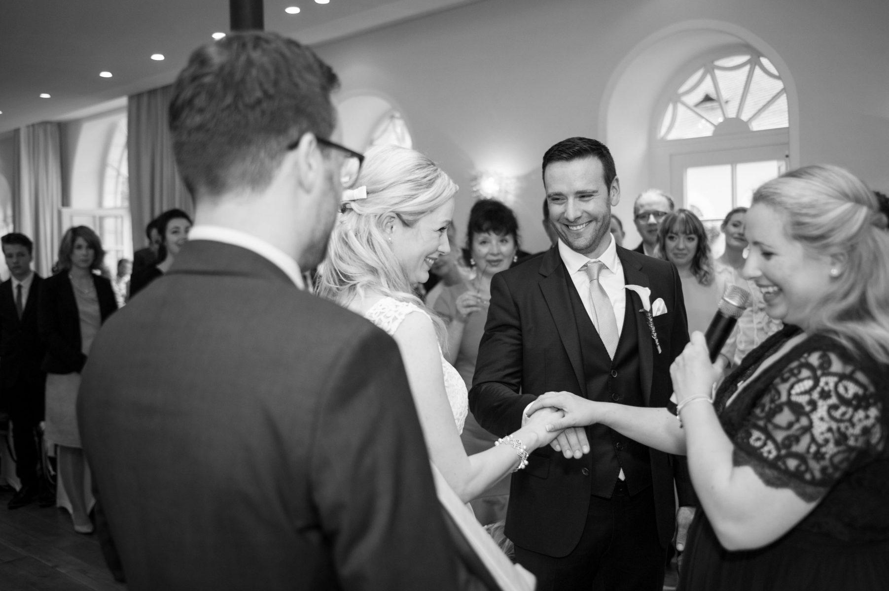 Hochzeit Gratulation B2000 225978 1803x1200 - Trauung