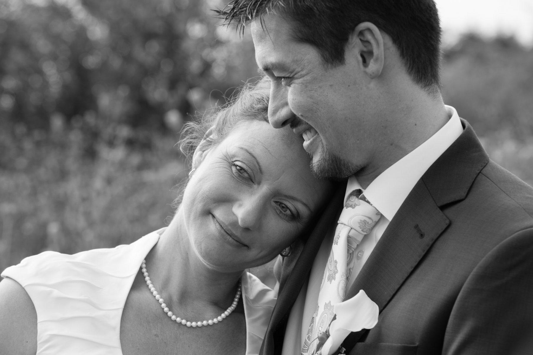 Hochzeit Paarfoto B2000  4744 1803x1200 - ZWEISAM