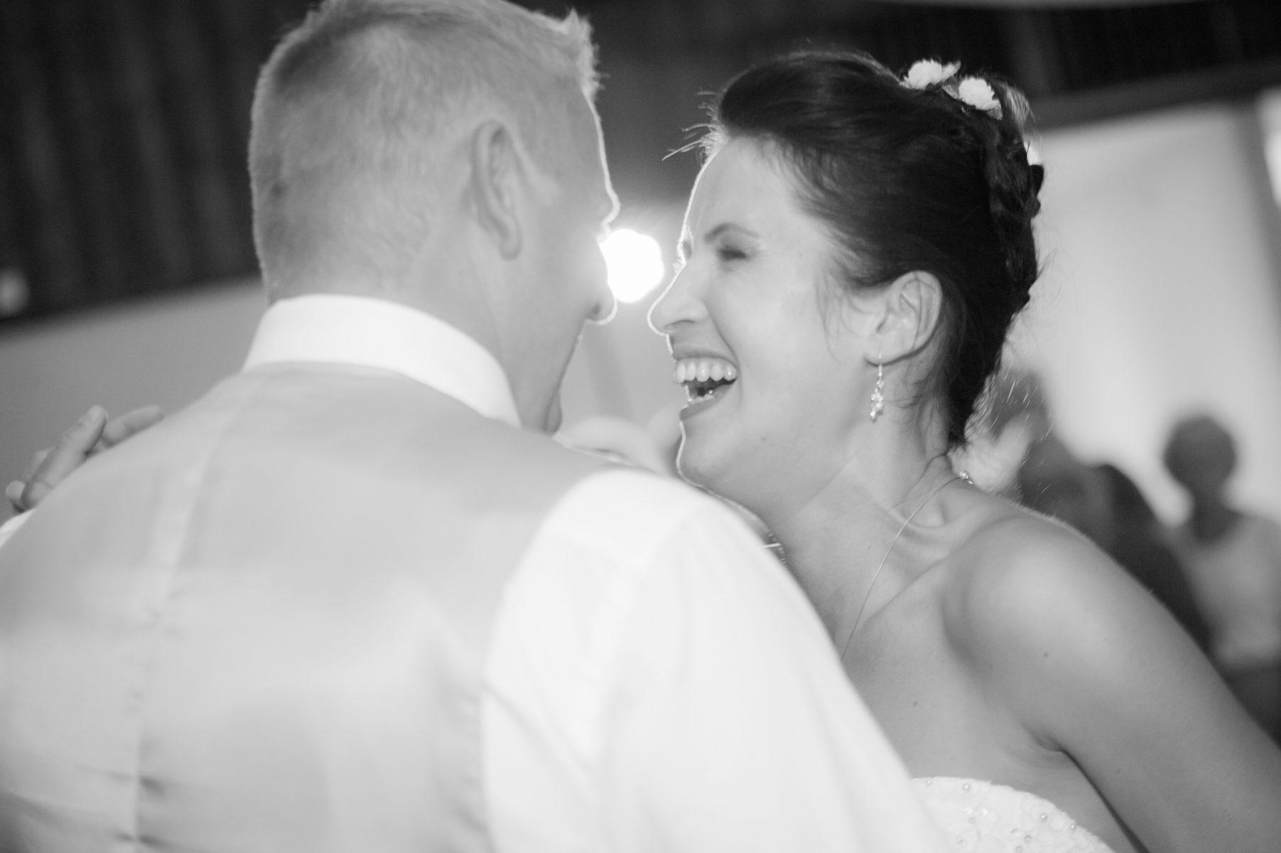Hochzeit Paarfotos M PE2018 8898 1803x1200 - GRATULATION & EMOTION