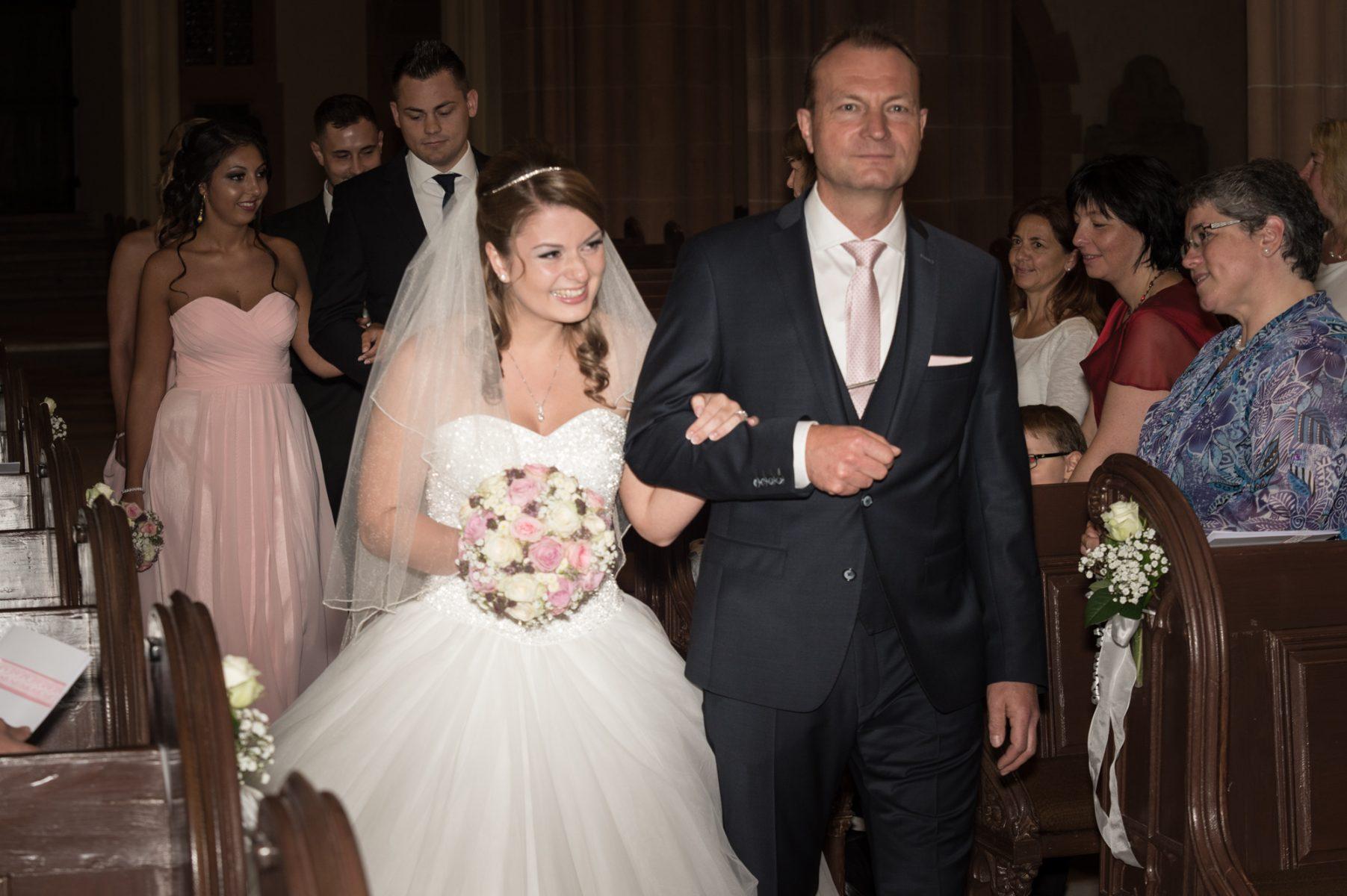 amatustra Hochzeit Trauung B2000 7199 1803x1200 - Trauung
