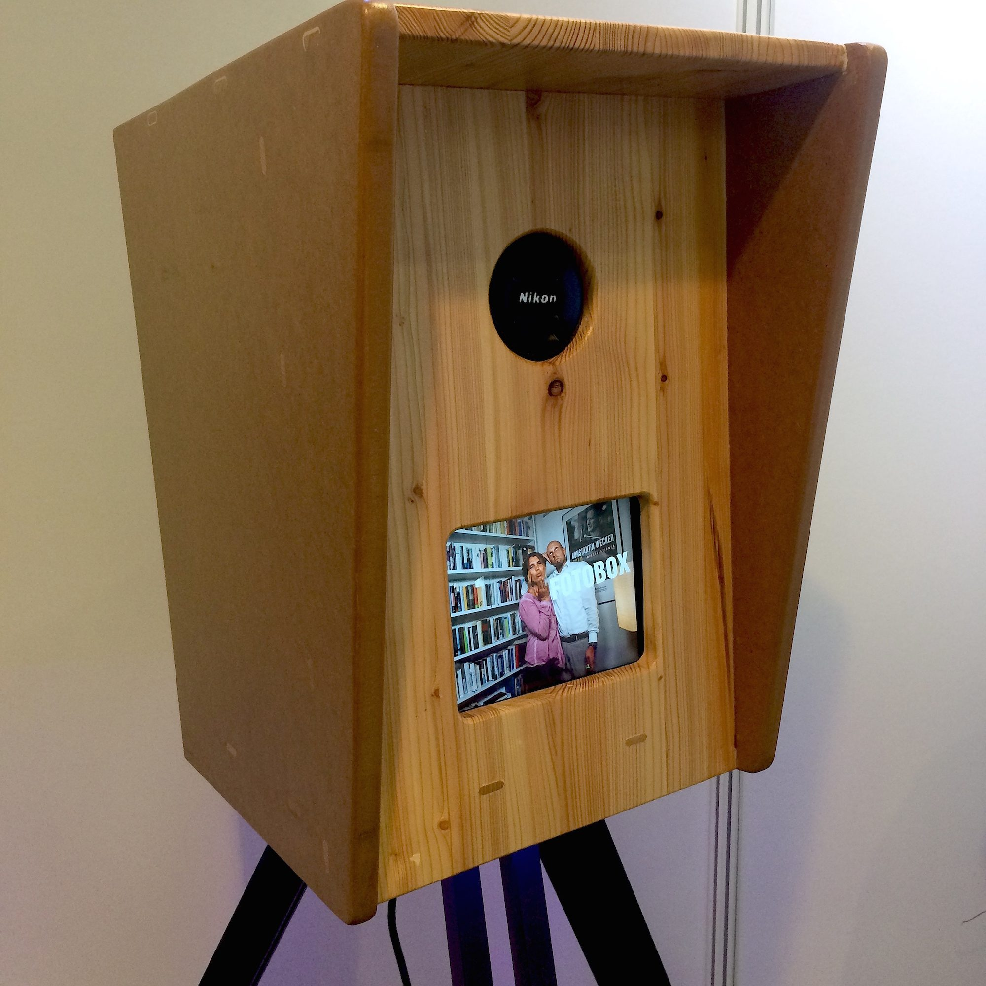amatustra iClick – FotoBox
